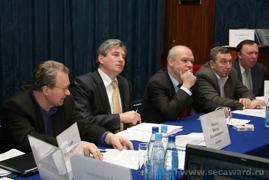 В течение 14,5 часов эксперты Премии слушали представителей компаний-участников Премии